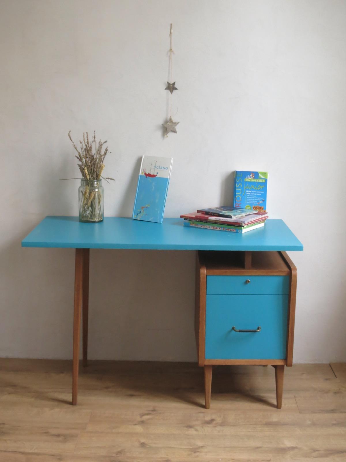 bureau estampill sam meubles du demi si cle vintage pieds compas. Black Bedroom Furniture Sets. Home Design Ideas