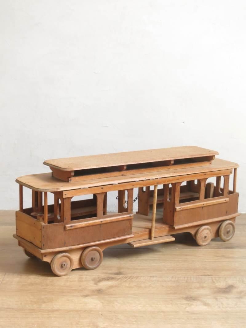 Tramway petit train bois jouet ancien
