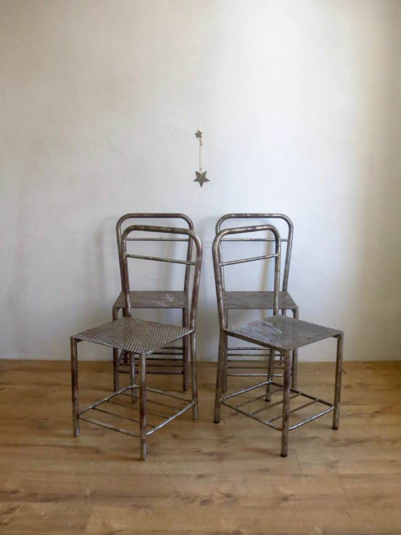 Chaise industrielle en metal