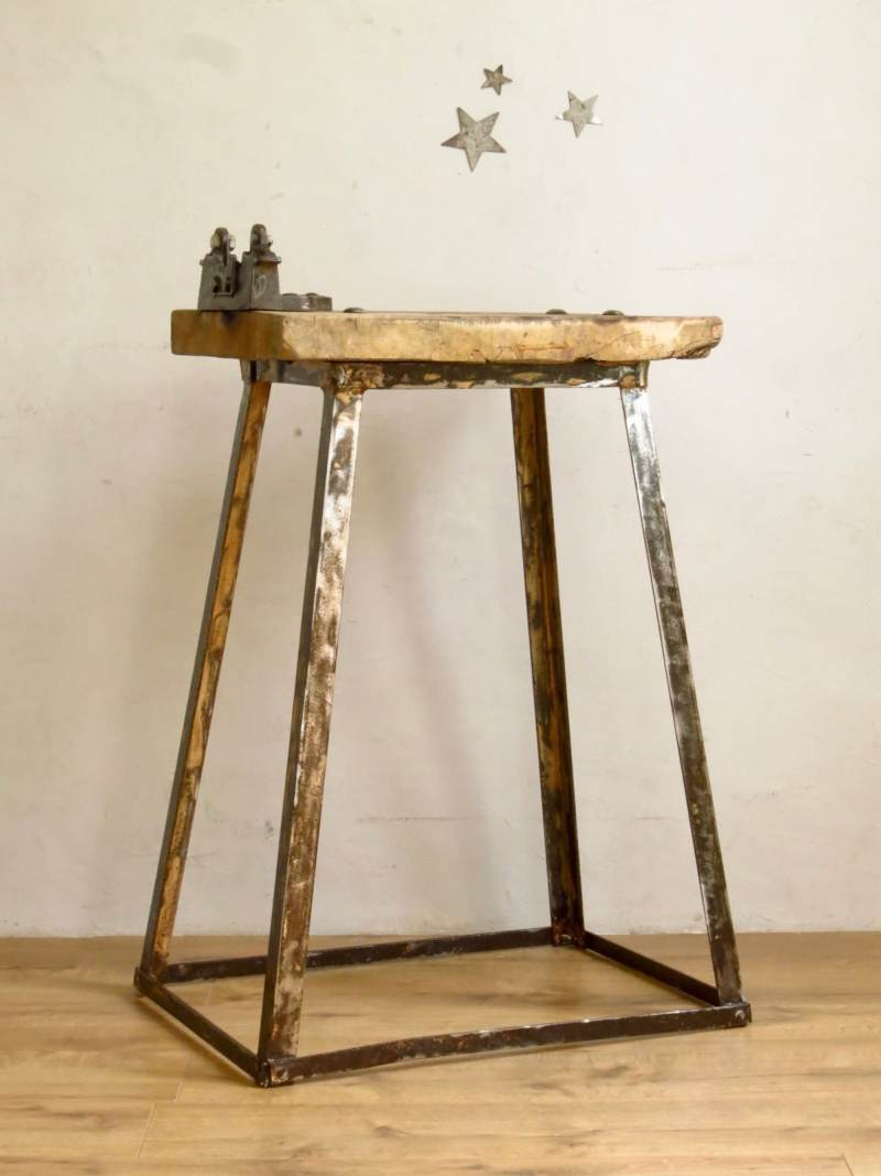 Etabli ancien en bois et metal