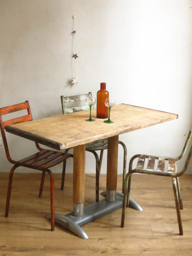 Table bistrot industrielle