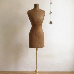 Mannequin couture girard