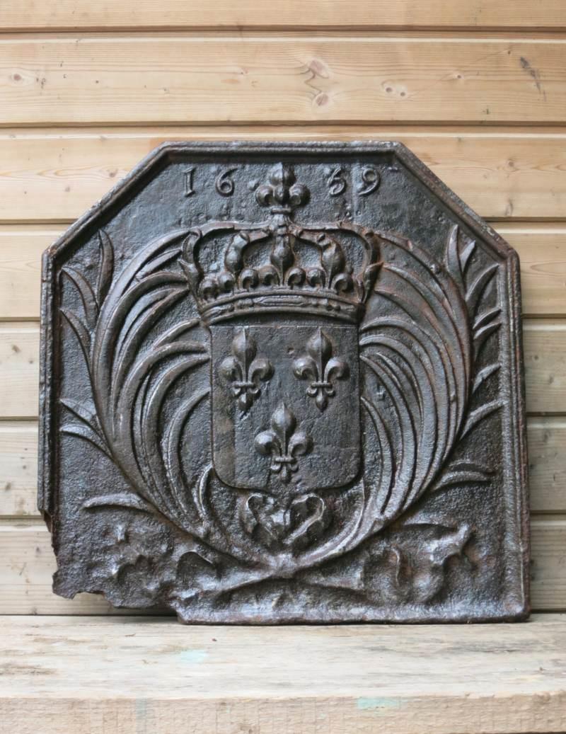 Plaque cheminée fonte 17eme siecle