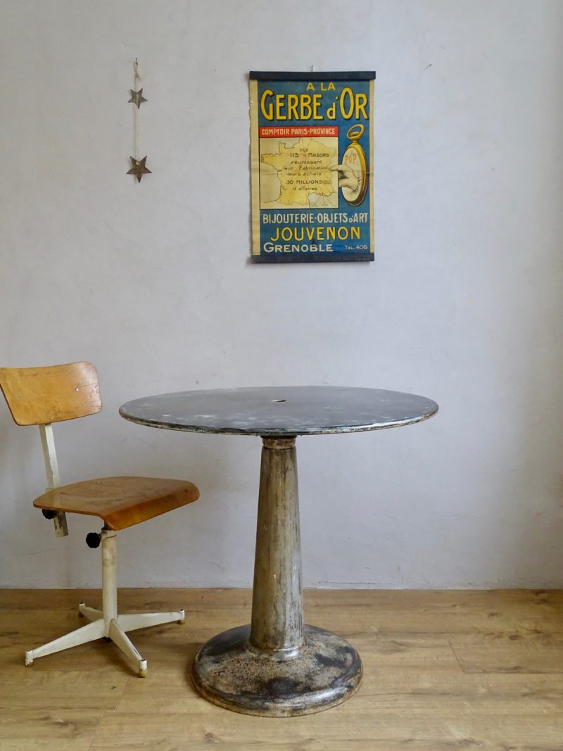 Tolix table ronde