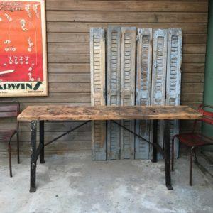 Etabli table